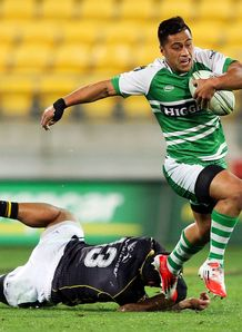 Jason Emery in action for Manawatu