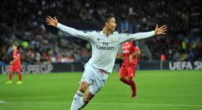 Real Madrid 2-0 Sevilla - Highlights
