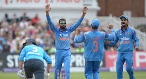 India cruise to victory