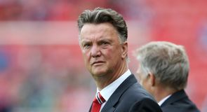 Van Gaal coy on Di Maria