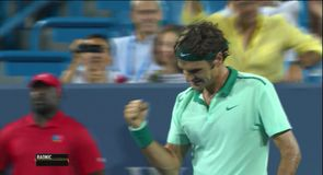 Federer through to Cinci final
