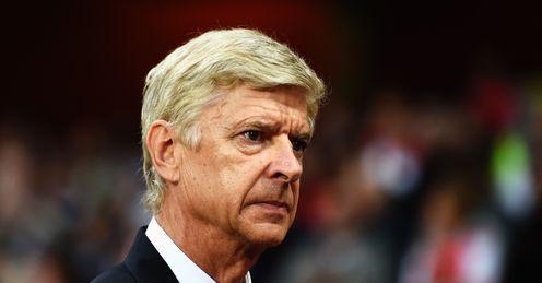 Neville: Arsenal must sign a striker