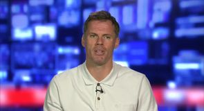 Carragher - 'Arsenal need a striker'