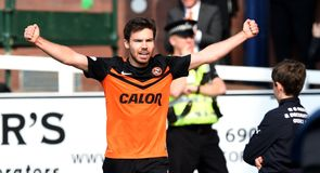 Dundee United cruise in derby