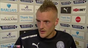 Vardy stars in Leicester win