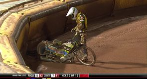 Harris takes out teammate in Speedway Final