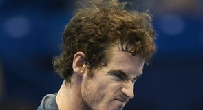 Murray close to London qualification