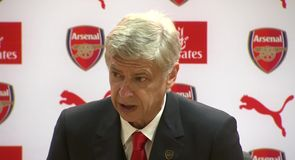 Wenger defends Ozil decision