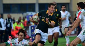 Springboks battle past Italy
