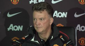 Van Gaal confirms lengthy Blind absence