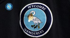 Simply the Crest - Wycombe Wanderers