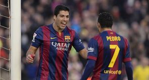 Suarez scores first La Liga goal!
