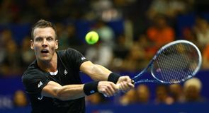 Berdych wins great IPTL rally
