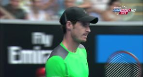 Straight sets win for Murray