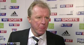 McClaren hails 'mature performance'