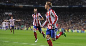 Torres repeats feat
