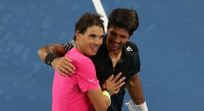 Nadal wins in Melbourne