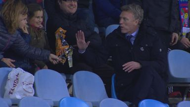 Moyes gets sent off