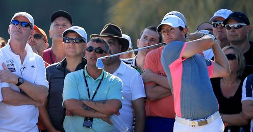 McIlroy leads by four in Dubai