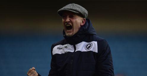 Holloway hails Hooiveld