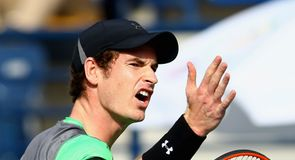 Murray pays for slow start