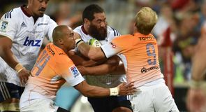 Cheetahs hold on for win
