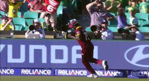 Amazing one-handed catch