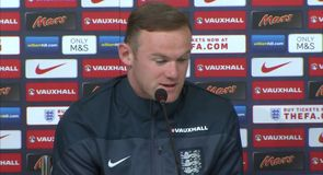 Rooney rules out Serie A move