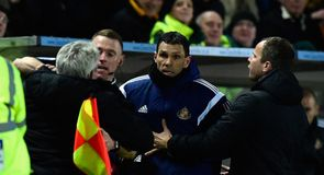 Poyet explains touchline tussle