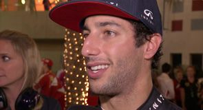 Engine blow-out for Ricciardo