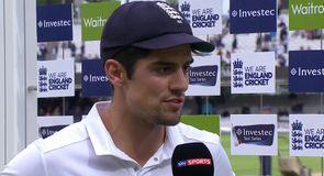 Cook hails England team effort