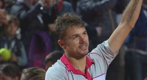 Wawrinka shocks Nadal on clay