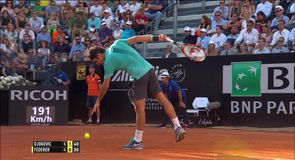 Federer's precision backhand