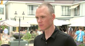 Froome eyes historic win