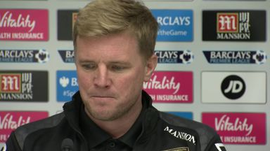 Howe backs Austin for England