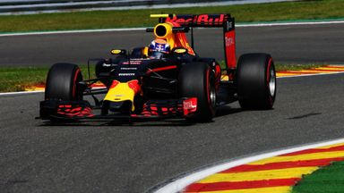 Verstappen fastest in P2