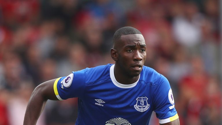 Yannick Bolasie speaks about life at Everton, being injuried & Seamus Coleman.