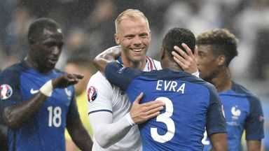 Gudjohnsen open to playing on