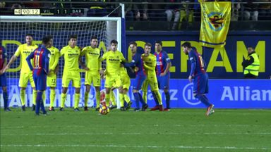 Messi wonder goal salvages draw