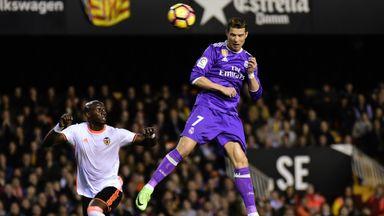 Valencia 2-1 Real Madrid - Highlights