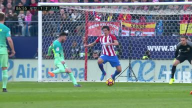 Messi scores dramatic late winner