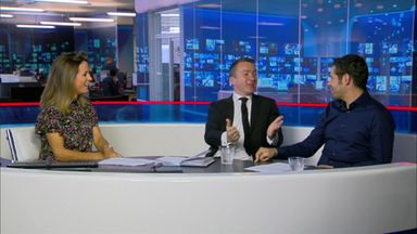Craig Slater gives Natalie a scare!