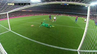 Ten-man Valencia stun Barca