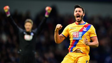 Le Tiss: Palace comfortable winners
