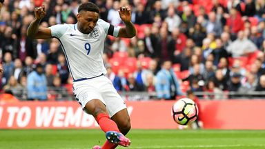 Cottee backs Defoe for Russia