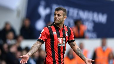 'Wilshere at a crossroads'