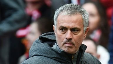 Mourinho ponders Palace selection