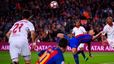 Suarez's superb overhead kick
