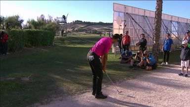 Quiros' cart path stunner!