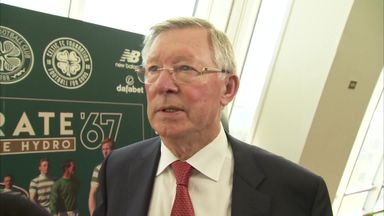 Sir Alex pays tribute to Manchester